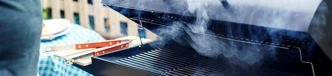 Clean and care charcoal barbecue