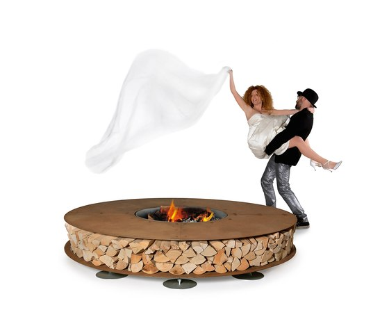 outdoor-firepits